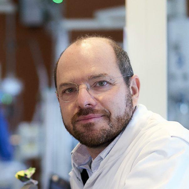 Dr. Irwin Reiss